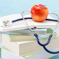 Fribeloppet slopas för att studenter ska kunna rycka in i vården