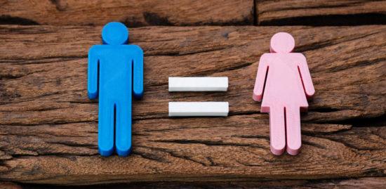 Socialstyrelsen gör tummen ned för könskirurgi från 15 år
