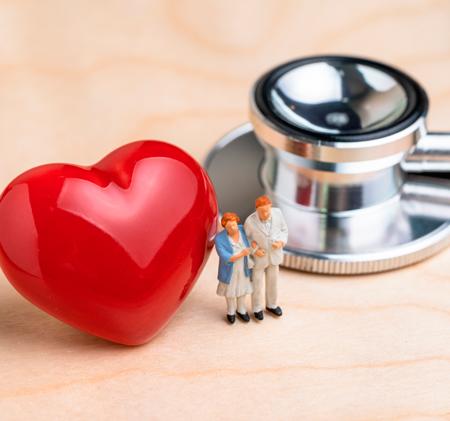 Invasiv behandling av akut ST-höjningsinfarkt hos de mest sjuka äldre