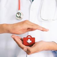 Dags att ta tydlig ställning i frågan om privata sjukvårdsförsäkringar