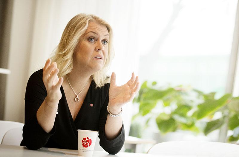 Enligt Lena Hallengren har M/KD-budgeten begränsat regeringens handlingsutrymme i vårdpolitiken. »Välfärden är i behov av mer resurser, inte mindre«, säger hon. Foto: Rickard Kilström